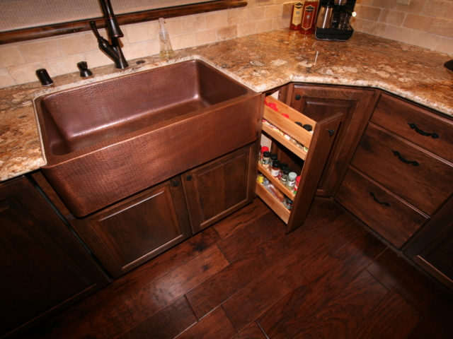 Two Toned in Tahoe -Kitchen Counters, Sink and Pullout Details