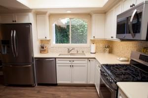 Coastal_White-Kitchen5